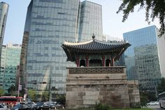 The Ultimate Seoul Itinerary: 3 Days in Seoul | The Planet D South Korea Destinations, South Korea Travel, Seoul Itinerary, Bukchon Hanok Village, Nami Island, Han River, Okinawa Japan, Chicago Restaurants, Day Tours