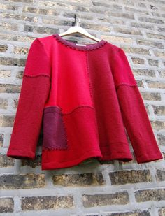 Color Block Cashmere Sweater - size large in wine reds - recycled cashmere