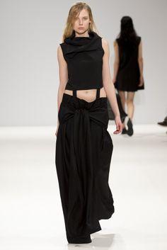 Daniela_Barros_AW15 - London Fashion Week - Deux Hommes