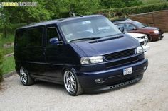 VW T4 - Long nose facelift - with a Toyota corolla '97-'00 splitter