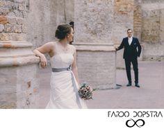 trouwfoto kerk - Google zoeken One Shoulder Wedding Dress, Wedding Photography, Wedding Dresses, Google, Fashion, Bride Dresses, Moda, Bridal Gowns, Alon Livne Wedding Dresses
