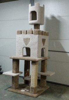 Purrshire deluxe pawz activity centre on sale free uk for Castle cat tower