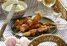 Opskrift | Kyllingespid med tzatziki | Sjov ide til madkurven | Tapas-ret | Sund mad med god smag