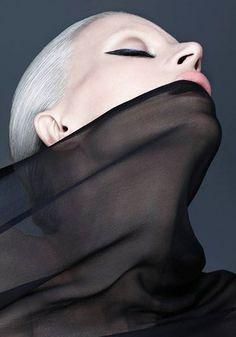 Sleek liner