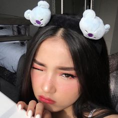 Discovered by Vaena ♛. Find images and videos about kpop, bts and aesthetic on We Heart It - the app to get lost in what you love. Cute Girl Face, Cute Girl Photo, Girl Photo Poses, Crazy Makeup, Cute Makeup, Korean Best Friends, Asian Make Up, Button Nose, Snapchat Girls