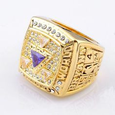 Los Angeles Lakers 2002 Championship Ring – Top Notch Products Do You Love Kobe  Bryant  9e5545f67