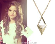 cute hair Latest Outfits, Fashion Outfits, Selena Gomez Closet, Award Show Dresses, Fringe Vest, Gold Necklace, Pendant Necklace, Cute Hairstyles, Celebrity Style