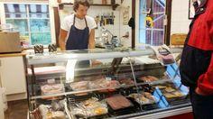 Köttboden på Dansjö Gårdsbutik mellan Alvesta och Moheda väl värt en omväg. Nötköttet kommer från gården, äkta lokalmat. Foton - Google+