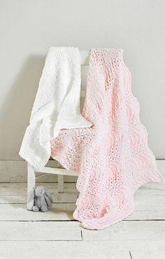 Neljä upeaa vauvanpeittoa - valitse suosikkisi ja neulo peitto pehmeästä langasta - Kotiliesi.fi Smudging, Blanket, Knitting, Crochet, Crafts, Diy, Manualidades, Tricot, Bricolage