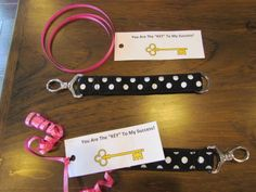 This is a fun gift idea for your hostesses, special customers, or anyone else that you want to recognize!  Utilize Thirty-One's key fobs and add some flair.