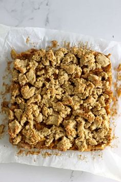 This Feijoa Crumble Slice is the perfect way to celebrate feijoa season! It's a quick easy slice with an oaty base, feijoa filling and a crumble topping that's perfect served as a warm dessert or as a lunchbox snack! Kiwi Recipes, Baking Recipes, Bar Recipes, Baking Ideas, Crumble Recipe, Crumble Topping, Quick Weeknight Dinners, Easy Meals, Easy Slice