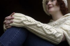 """Love cables, but not sure you can tackle them? Well, Annie Modesitt says you can! Register for her workshop, """"Cable Mania (Look mom, No Needles!)"""" and you can learn how! Find out more at www.interweaveyarnfest.com Yarn Crafts, How To Introduce Yourself, Arm Warmers, Annie, Cable, Weaving, Workshop, Mom, Knitting"""