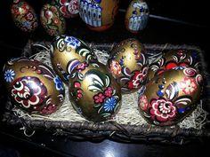 Gorodetskaya rospis -eggs Eggs, Breakfast, Artwork, Food, Breakfast Cafe, Art Work, Work Of Art, Meal, Egg