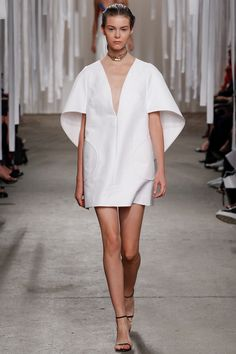 NYFW September 2015: Milly Spring 2016 Ready-to-Wear Fashion Show