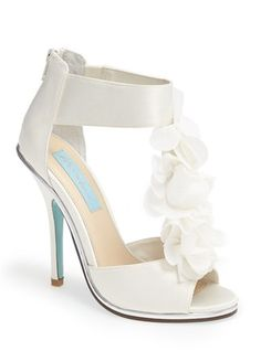 Betsey Johnson bloom sandals  http://rstyle.me/n/viw66pdpe
