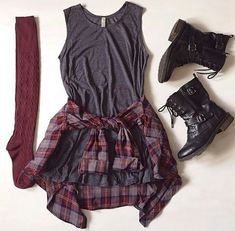 Hipster fall outfits long socks socks t-shirt style shirt cute fashion flannel shirt grey Fashion Mode, Cute Fashion, Teen Fashion, Grunge Fashion, Fall Winter Outfits, Autumn Winter Fashion, Looks Style, My Style, Casual Outfits