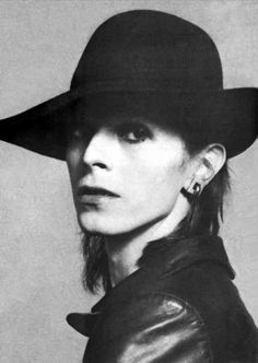 Gorgeous David Bowie in a hat and leather jacket