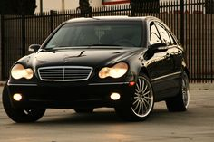Mercedes-Benz C class ... Photo by Damon Vahed