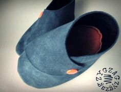 Babyshoes - Free Pdf pattern and step by step Photo tutorial - Bildanleitung und gratis Schnittvorlage - tuto du patron des chaussons croisés