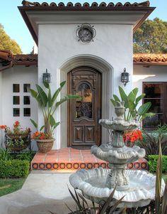 Spanish style homes – Mediterranean Home Decor Spanish Colonial Homes, Spanish Bungalow, Spanish Style Homes, Spanish House, Spanish Revival, Spanish Design, Hacienda Homes, Hacienda Style, Exterior Tiles