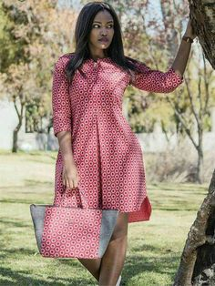 african print dresses Dress and bag to match, Ankara dress, African print dress, women dress, knee length dress Latest African Fashion Dresses, African Print Dresses, African Dresses For Women, African Print Fashion, African Attire, African Wear, Dress Fashion, Ankara Fashion, Africa Fashion