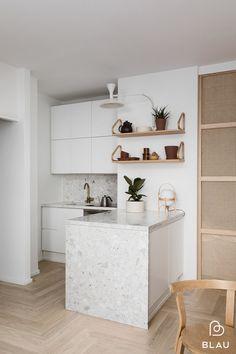 French Kitchen Decor, Home Decor Kitchen, Interior Design Kitchen, Home Kitchens, Minimal Kitchen Design, Terrazzo, Etagere Design, Kitchen Remodel, Loft