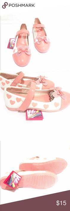 Ameta Heart Print Cushioned Velcro MaryJane Flats Velcro Maryjane Style Flats with Cushioned Insole Decorative Bow & Hearts in Peach NWT. Original Package & Box. Ameta Shoes Dress Shoes