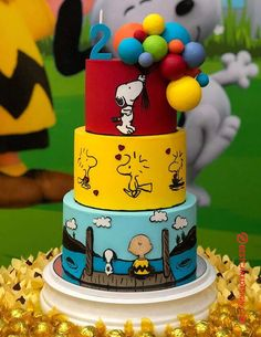 50 Most Beautiful looking Snoopy Cake Design that you can make or get it made on the coming birthday. Bolo Snoopy, Snoopy Cake, Snoopy Party, Beautiful Cakes, Amazing Cakes, Bolo Flash, Just Cakes, Fancy Cakes, Pink Cakes