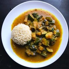 After making the move to veganism, a vegan thai green curry was one of the first things I had to set my mind to as it's easily on of my favourites.
