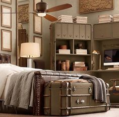 the bed, the trunk, the color, the office 'trunk'.......what's not to L O V E