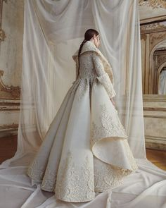Andreas Ortner for couture house Ashi Fall/Winter campaign . Andreas Ortner for couture house Ashi Fall/Winter campaign . Fashion Wear, Look Fashion, Fashion Dresses, Fashion Beauty, Bridal Dresses, Wedding Gowns, Beautiful Dresses, Nice Dresses, Ashi Studio