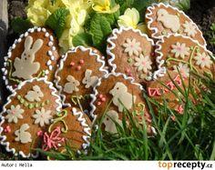 Perníčky měkoučké a nadýchané Sugar Cookies, Gingerbread Cookies, Christmas Ornaments, Holiday Decor, Food, Cookies, Gingerbread Cupcakes, Christmas Jewelry, Essen