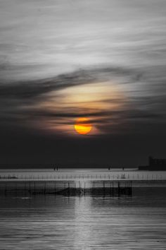 """ sunset (by lorenzo parpajola) """