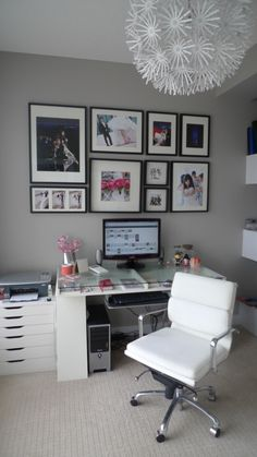 I admire/hate people whose work space looks like this!