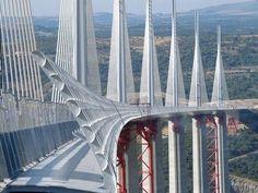 Millau Viaduct: Tarn Valley, France