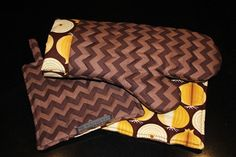 Brown and Gold Chevron and Onion Oven mitt and by kustomkate