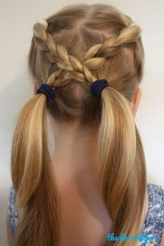 Looking for some quick kids hairstyle ideas? Here are 6 Easy Hairstyles For School That Will Make Mornings Simpler, and still get you out the door on time. #Easyhairstyles