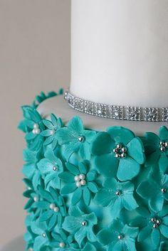 tartas de boda - wedding cake - Teal Flowers & Silver