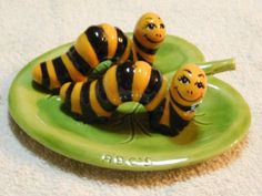 vintage salt and pepper shakers:                                                                                                                                                                                 More
