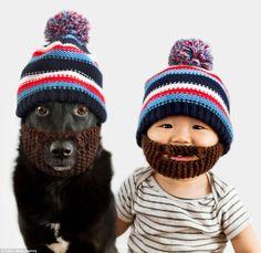 é muito amor! -Mãe registra fotos com o seu filho e sua cachorra vestidos iguais | Estilo