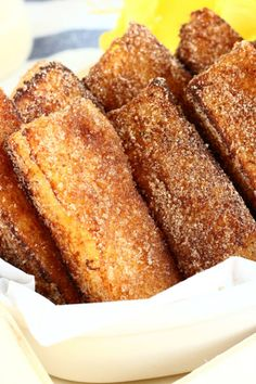 French Toast Sticks - Lynn Castro - Cinnamon French Toast Sticks No More Soggy French Toasts! I Am Pretty Sure You Will Love These Yummy Cinnamon French Toast Sticks! Quick And Easy To Make, Perfect For Breakfast! Filipino Desserts, Filipino Recipes, Greek Recipes, Filipino Food, Back Ribs In Oven, Fresh Spring Rolls, French Toast Sticks, Cinnamon French Toast, Coconut Macaroons