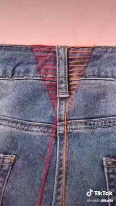 Diy Clothes Life Hacks, Diy Clothes And Shoes, Clothing Hacks, Sewing Jeans, Sewing Clothes, Diy Jeans, Sewing Basics, Sewing Hacks, Altering Clothes