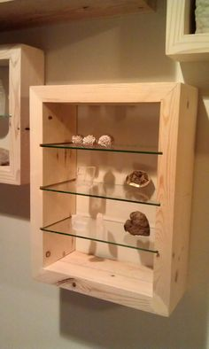Building the Rock Collection Display More A display case presents the inner-self of the creator. With a look at the display case, you can know the person inside. There are DIY display case ideas. Wood Jewelry Display, Wood Display, Display Boxes, Jewellery Display, Display Ideas, Jewellery Holder, Jewelry Wall, Hanging Jewelry, Jewelry Tree