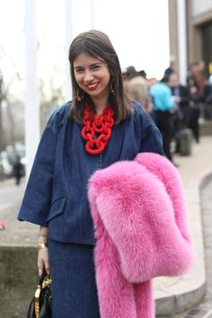 #NatashaGoldenberg #miumiu #denim #necklace #furscarf #pinkfur #fashion #mode #moda #women #paris #look #streetstyle #streetview #street #style #offcatwalk on #sophiemhabille
