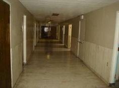 Apparition at Linda Vista Hospital in Los Angeles. Scary place
