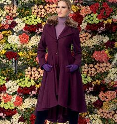 MISSES'/MISS PETITE LINED COATS, BELT, AND DETACHABLE COLLAR AND HOOD: Fitted and flared, lined coats have collar variations, seam detail, side or side front pockets, and two-piece sleeves. B: shaped hemline, lining shows, detachable,...