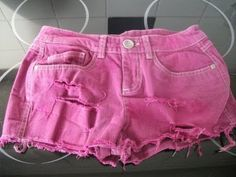 DIY How to dye your denim shorts a different colour!