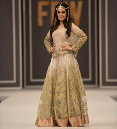 Cant Get Over How Gorgeous Does Sumbul Iqbal Khan Looks Walking as A Showstopper For Hem Official at #FPW  The Gorgeous Shades Of Gold And White with Intricate Embellishment On This Bridal Makes This Piece The Ultimate Choice of Every Bride.⭐ #Gorgeous #Traditional #LuxuryPret #HemOfficial #Unique #Inspiration #Embellished #GoldShadesTrend #BridalCouture #2017 #SumbuliqbalKhan #BridalSeason #Weddings #2017 #PakistaniCouture #PakistaniFashion #PakistaniActresses #PakistaniCelebrities  ✨