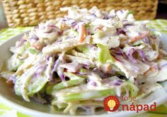 This apple coleslaw recipe looks good, but the picture does NOT seem to match the ingredients. Still, the recipe itself might work. Free Paleo Recipes, Vegetable Recipes, Cooking Recipes, Healthy Recipes, Diet Recipes, Chicharron Preparado, Apple Coleslaw, Apple Slaw, Paleo Vegetables