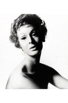 Marella Agnelli in Vogue, November 1961.  Photo by Irving Penn.